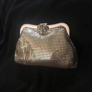 Whiting and Davis metallic clutch